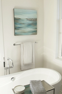 Exceptionnel Ahh, The Feeling Of Comfort And Relaxation In Atmosphere Of This Clean,  Modern Bathroom On Davis Islands. Michelleu0027s Artwork Brings A Feeling Of  Peace While ...